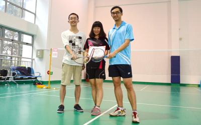 密院研究生队夺得新生杯羽毛球赛冠军