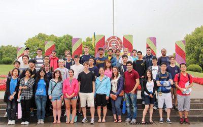 密西根学院热烈欢迎来自美国密西根大学的交流生
